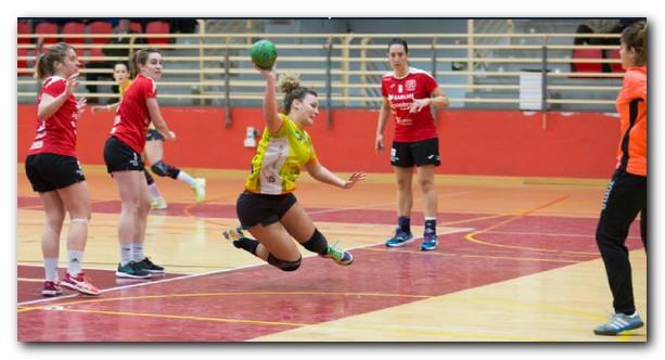 Arima marca un gol ante el Garlan Legumbres. Foto: Sonia Tercero