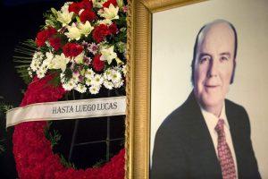 Hasta siempre, don Gregorio. / Daniel Pérez (EFE)